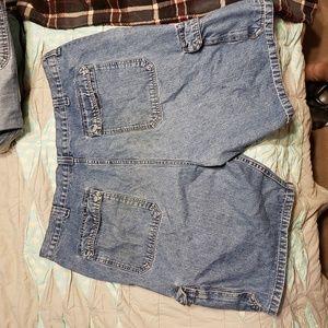 Wrangler Shorts - Men's cargo shorts size 42